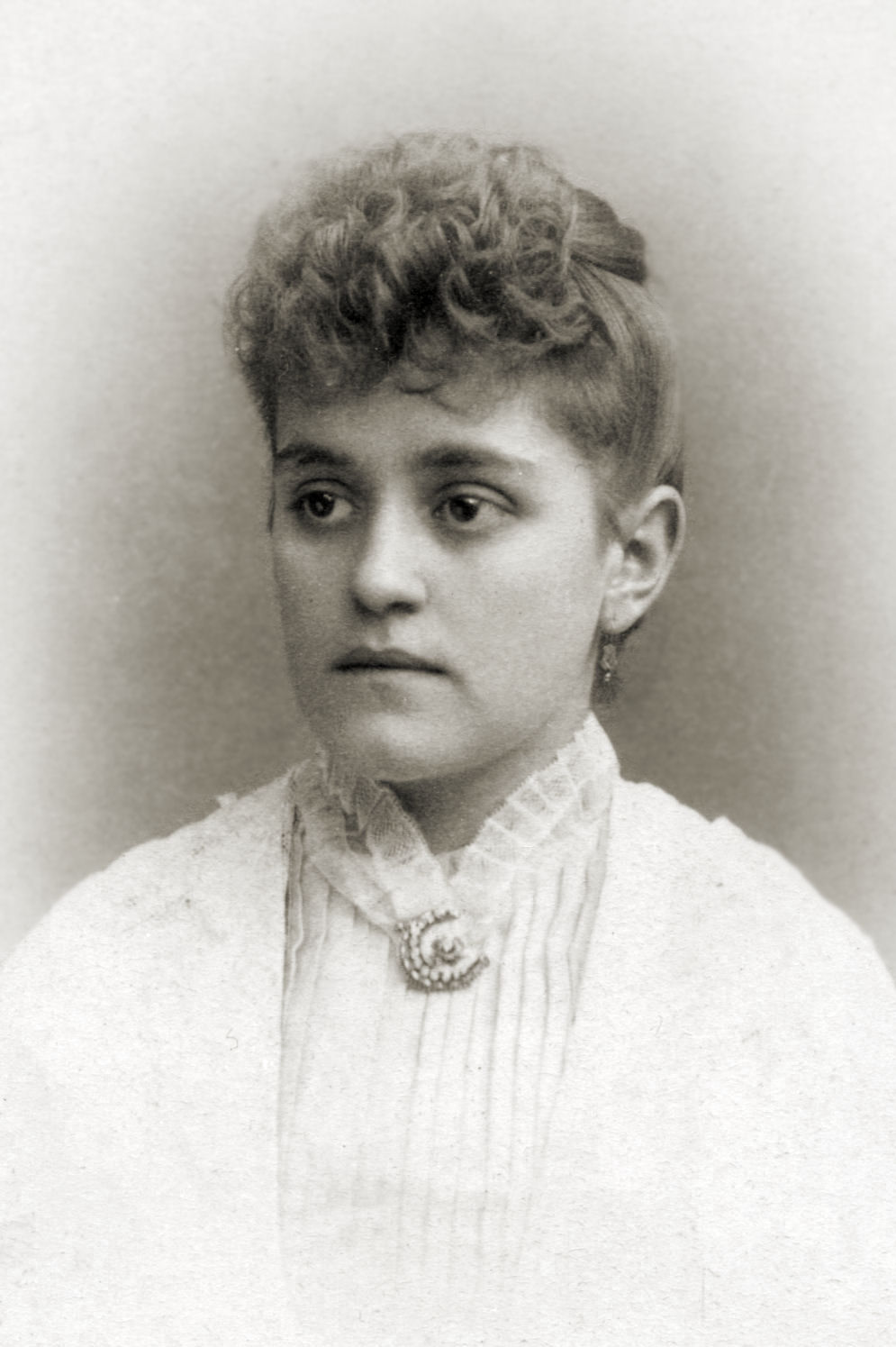 Women S Hairstyles 1840 To 1960